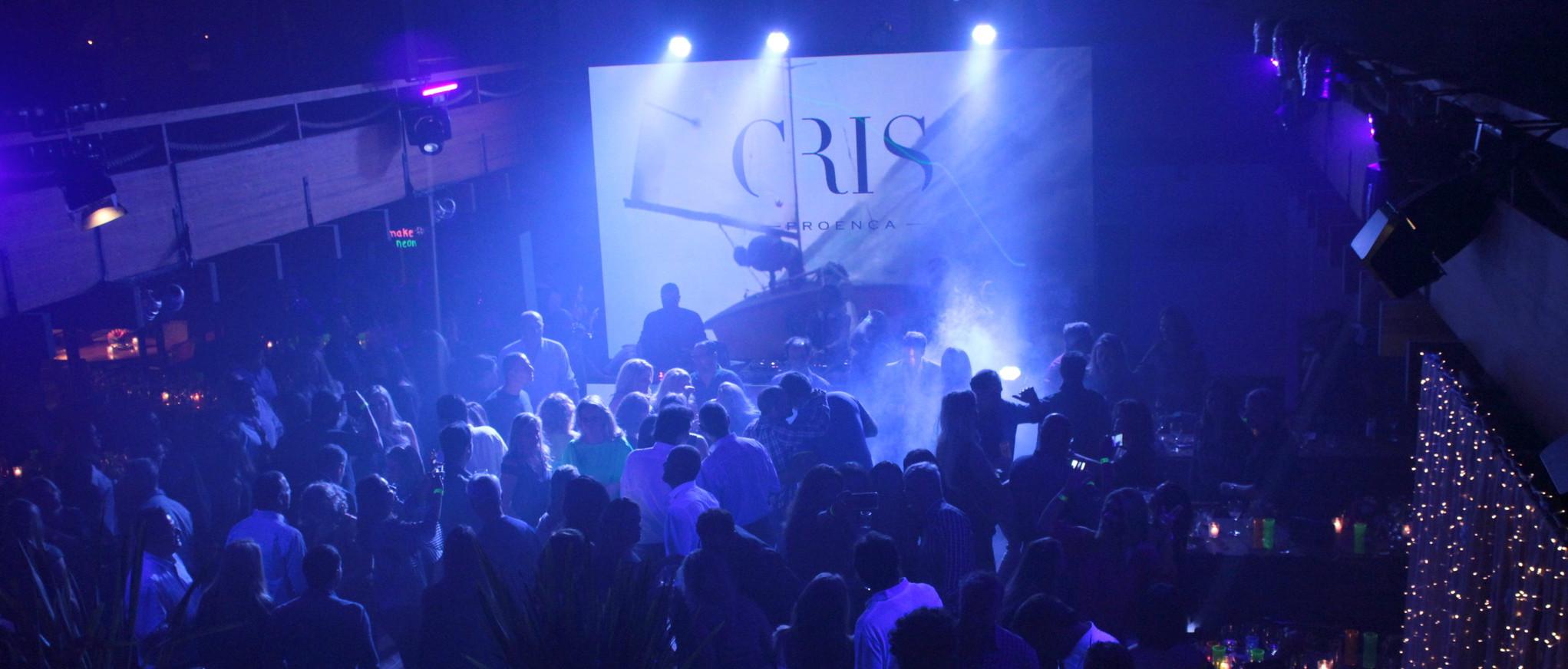 Num ritmo caliente, a Festa Vento Sul lotou o salão do Clube na noite de sábado